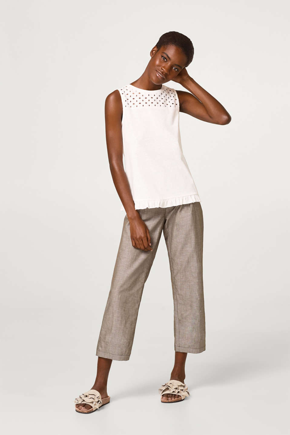 Esprit - Soft jersey top with lace and a frill at the hem