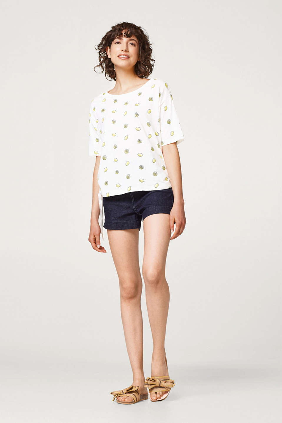 Boxy T-shirt with a print, 100% cotton