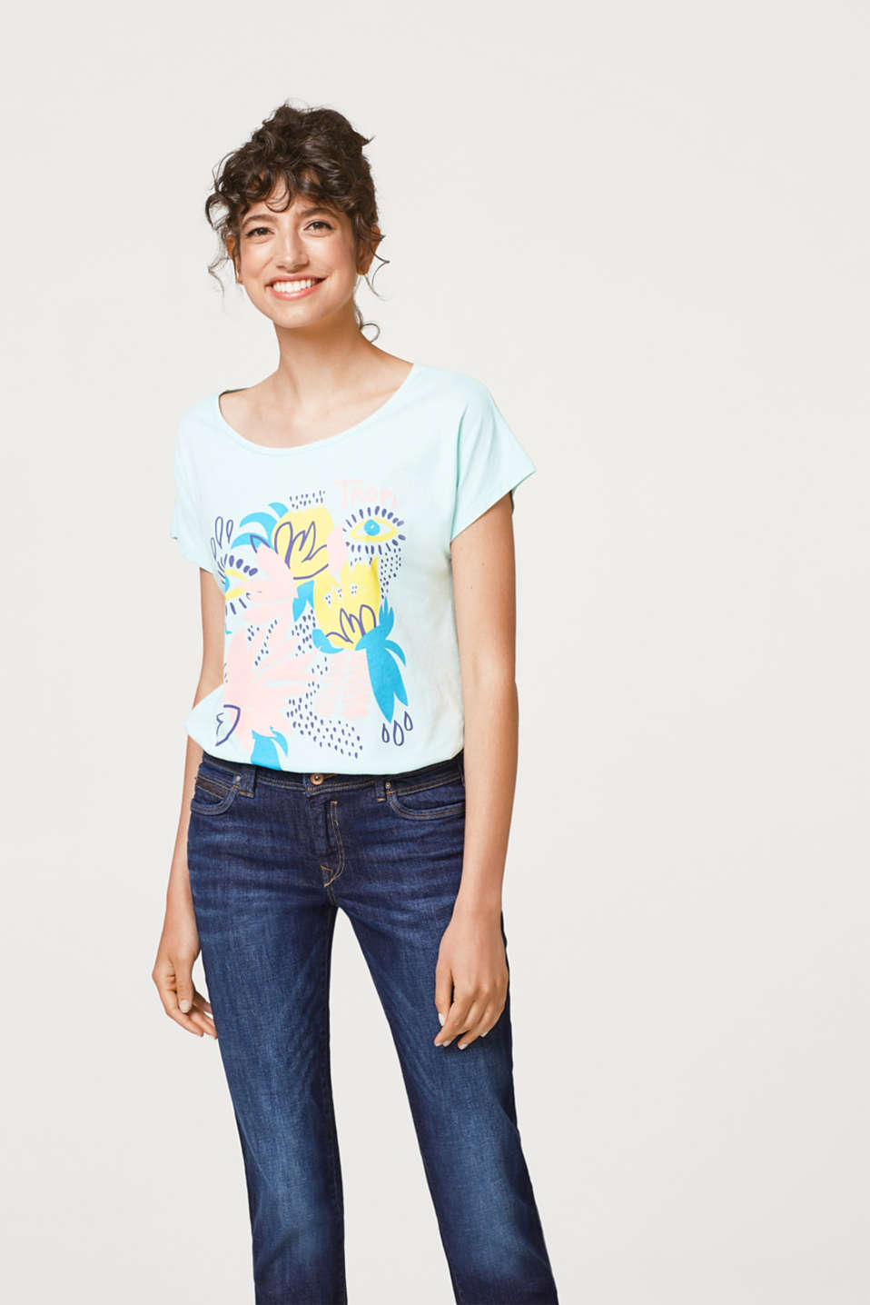 Esprit - T-shirt with botanical print, 100% cotton