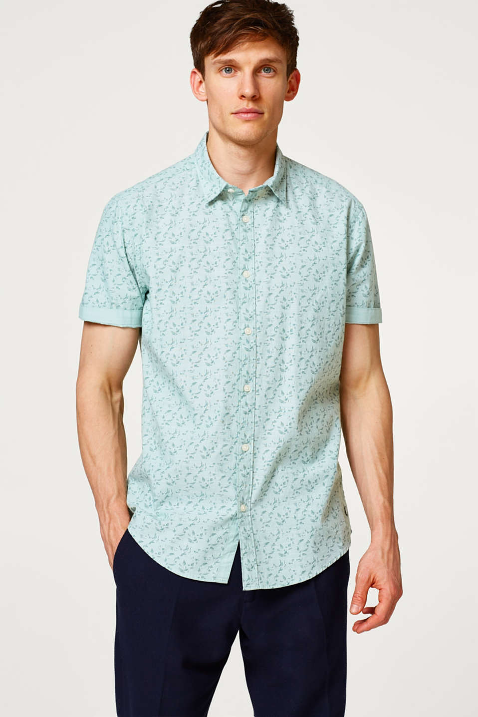 Esprit - Cotton short sleeve shirt with a floral print
