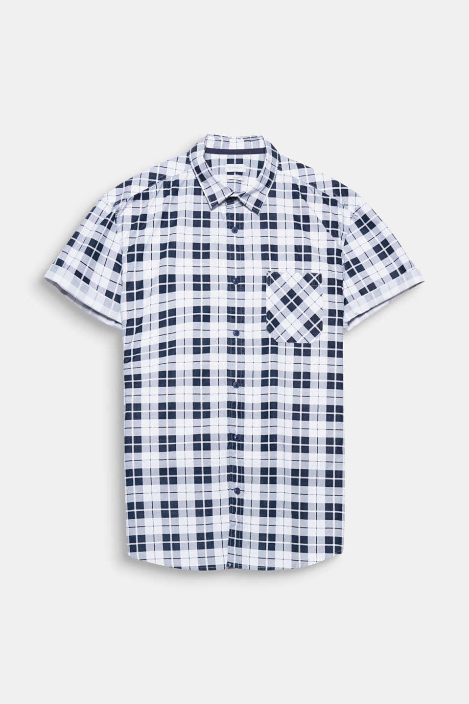 The striking checks give this shirt made of smooth cotton fabric a striking urban look.