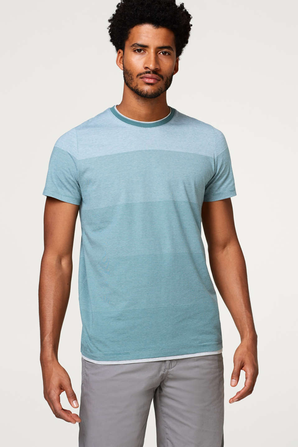 Esprit - Layered T-shirt with colour gradation , in jersey