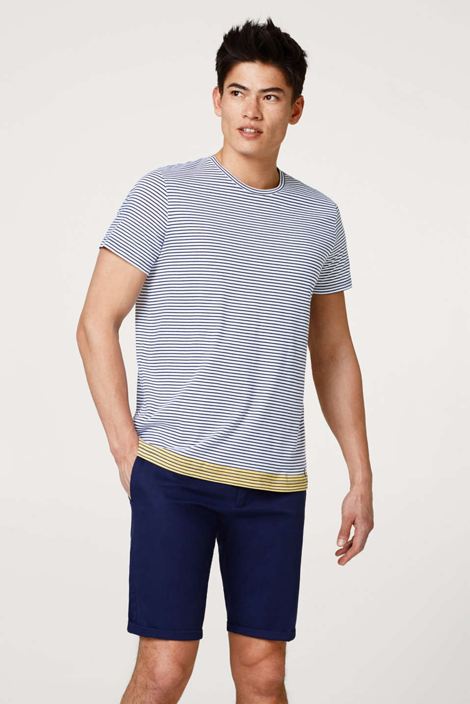Esprit - Finely striped T-shirt in cotton jersey