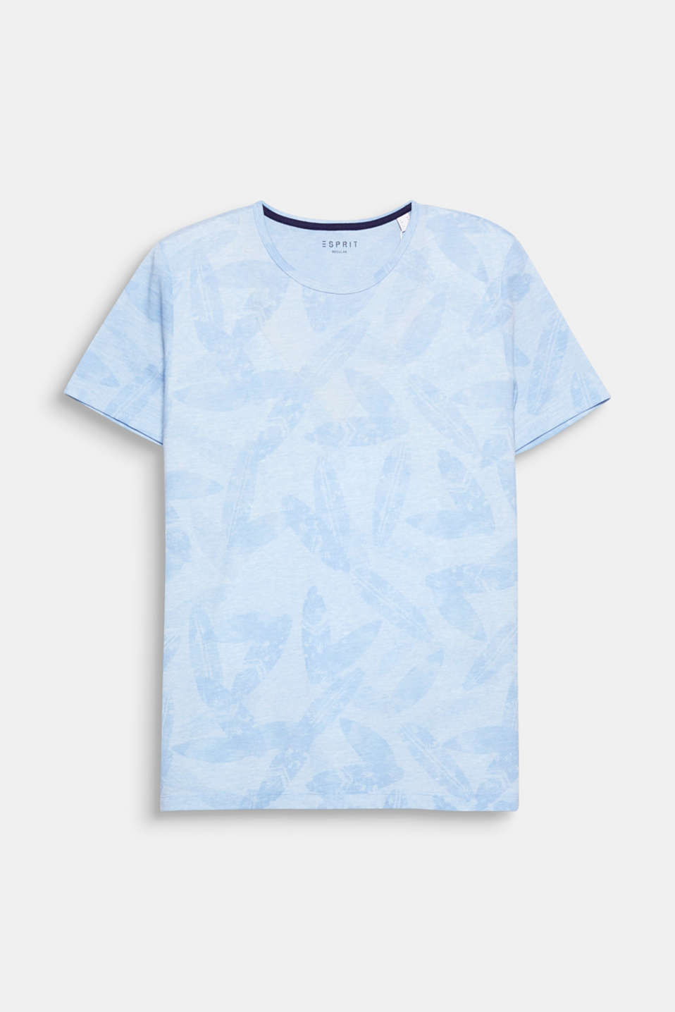 Trend: tropical pattern. Tinted leaf prints give this T-shirt a cool summer feel.