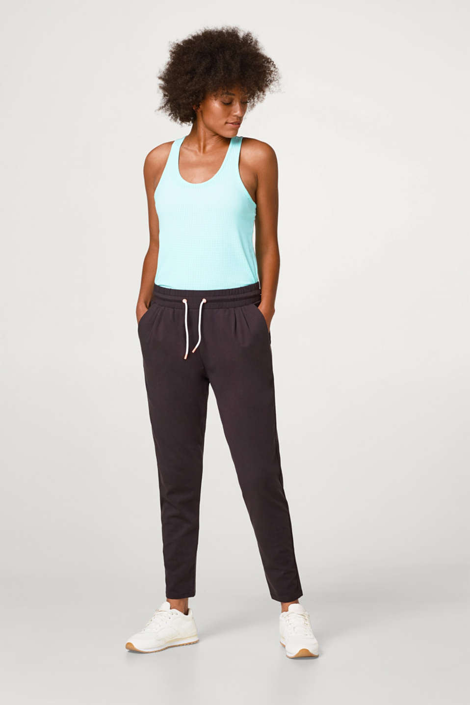 Esprit - Lightweight tracksuit bottoms with stretch for comfort