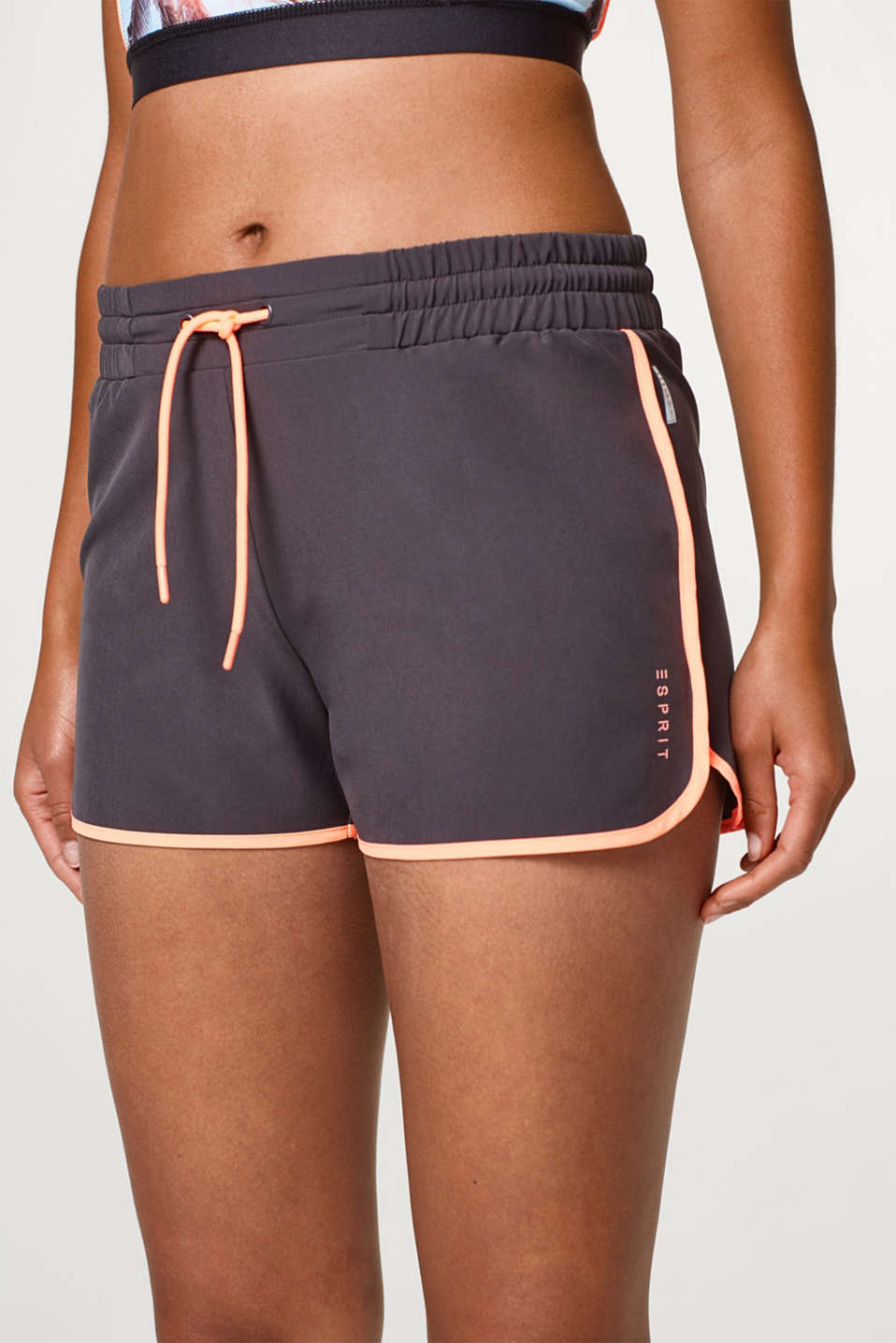 Active shorts with neon details, E-DRY