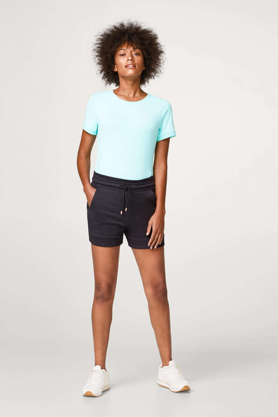 Super-soft jersey shorts with ribbed cuffs and waistband