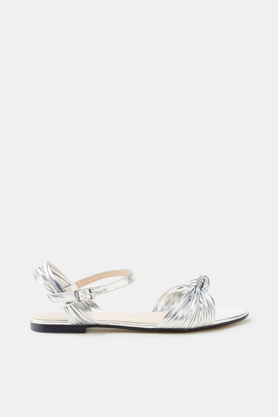 Esprit Flache Metallic-Sandale mit schmalen Riemchen für Damen, Größe 40, Ice