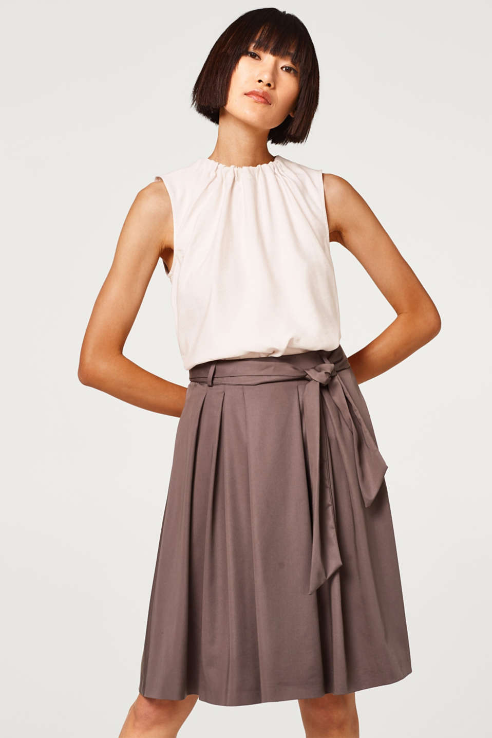 Esprit - Flared, swirling skirt with lyocell and a bow