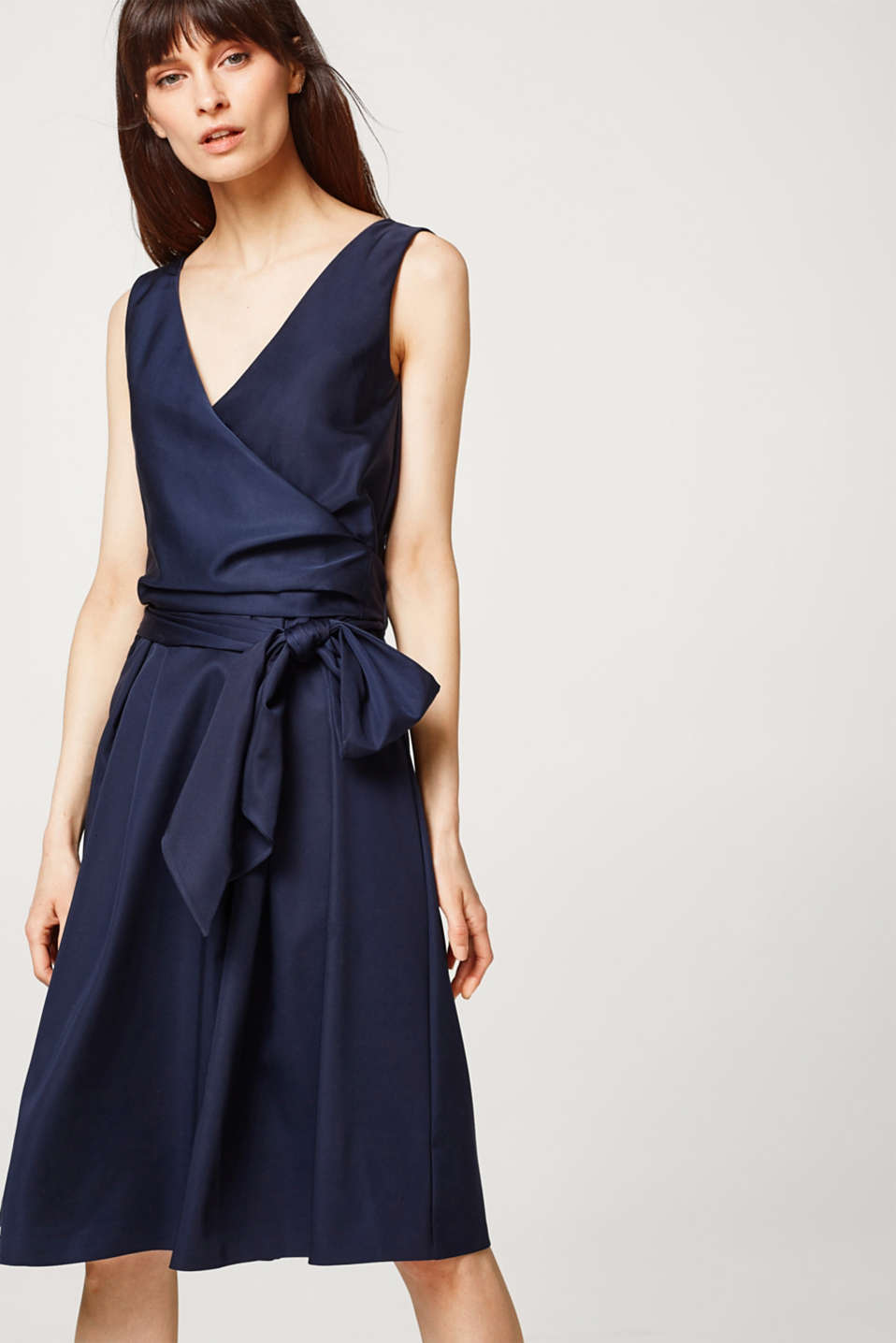 Esprit - Stretch satin dress with a feminine wrap-over effect