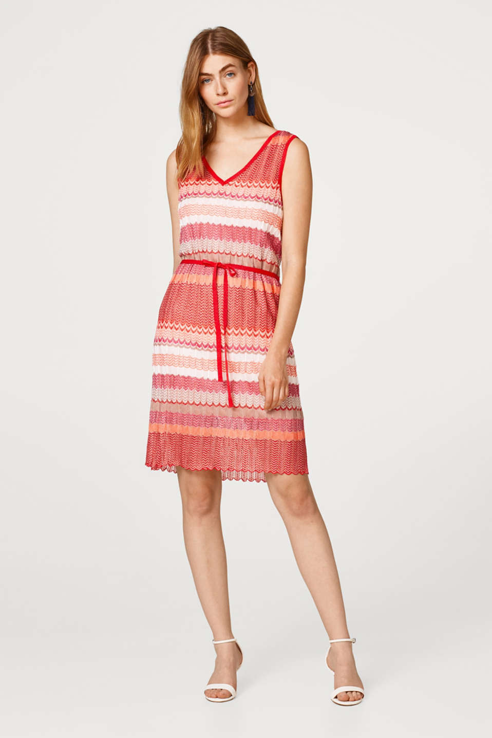 Esprit - Dress composed of openwork knit fabric with a zigzag pattern