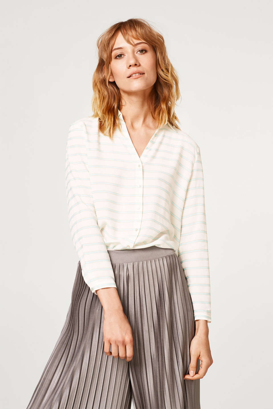 Esprit - Striped blouse with an open shirt collar