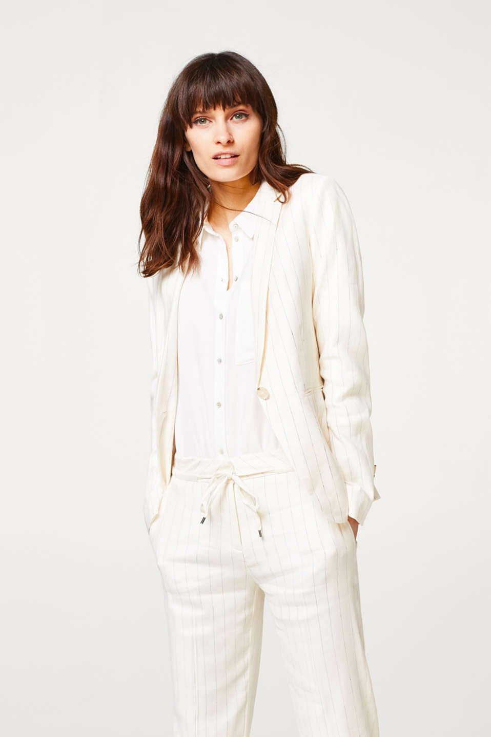 Esprit - Fitted pinstripe blazer with linen