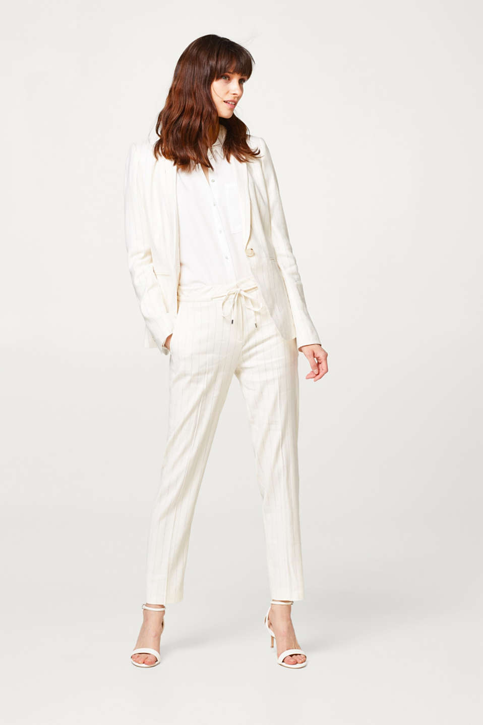 Fitted pinstripe blazer with linen