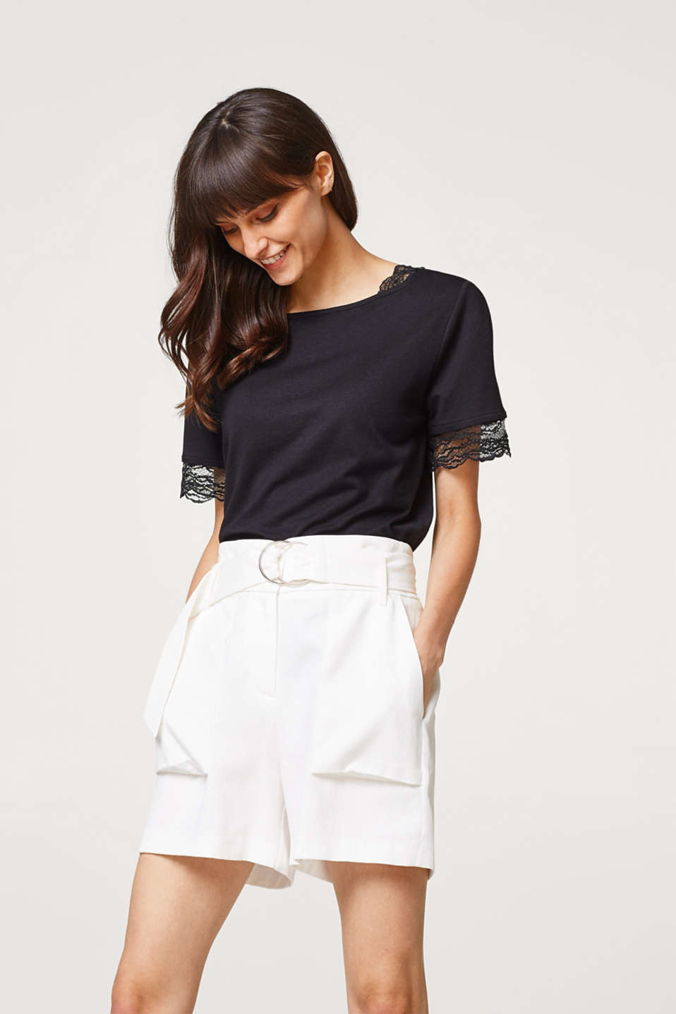 Esprit - T-shirt in a mix of materials with lace details