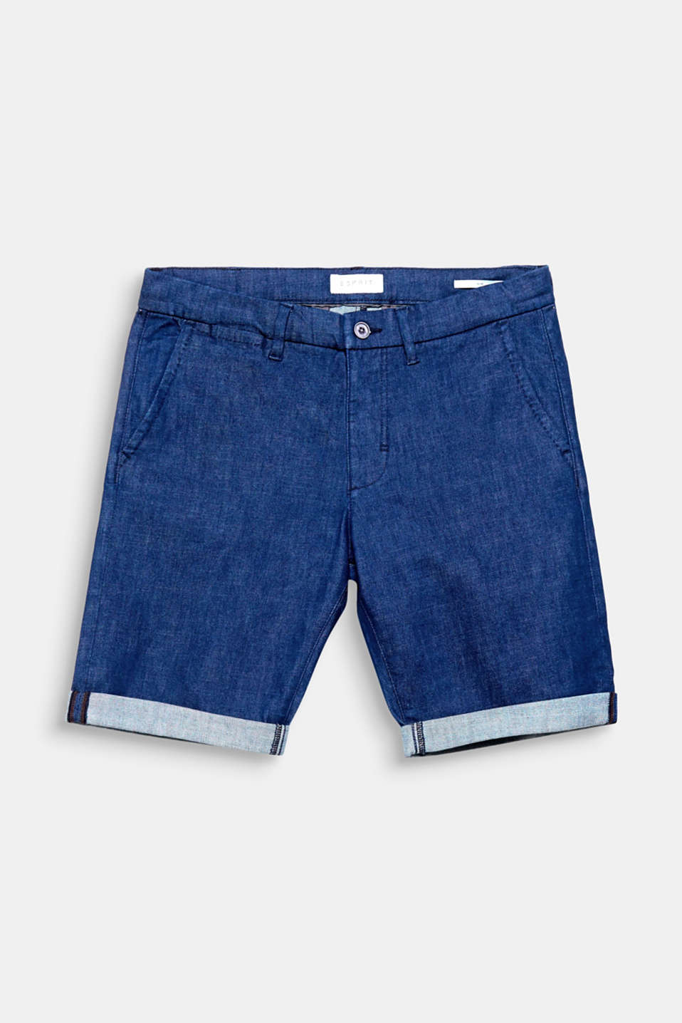A timeless look: the sleek dye effect gives these denim shorts a universal look.