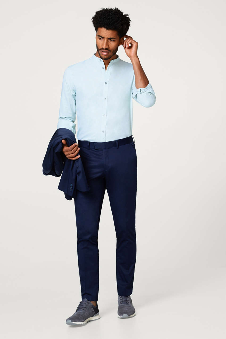 Easy-iron shirt with a stand-up collar