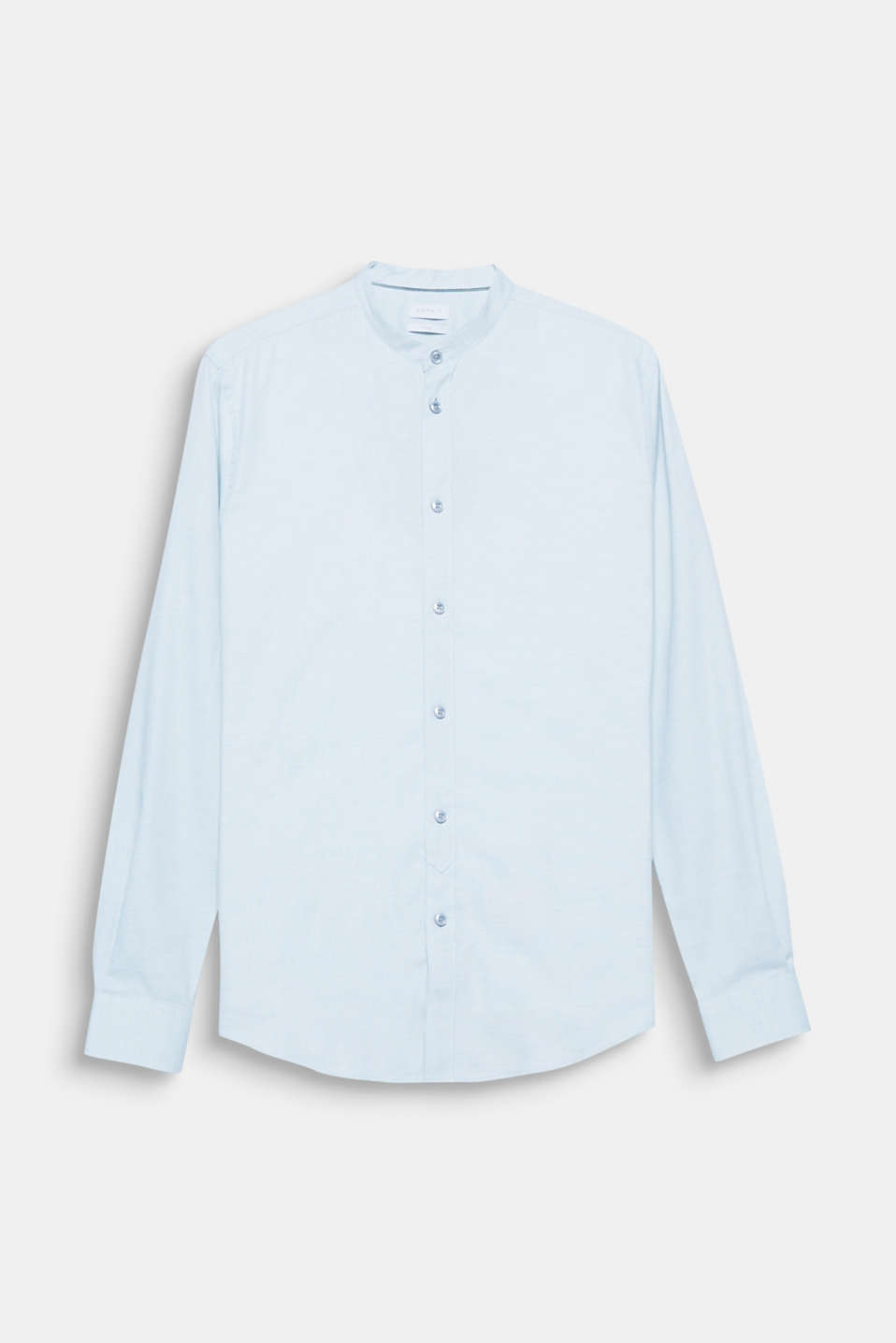 The fine print texture and narrow stand-up collar give this easy-iron shirt its exciting look.