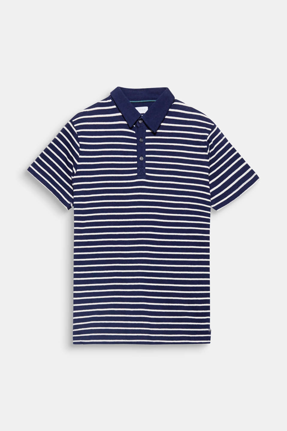 The sporty stripes and airy fabric blend with linen make this a polo shirt a summer favourite.
