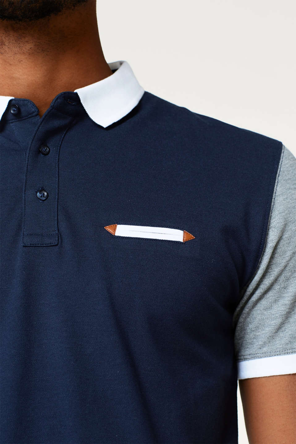 Fitted polo shirt in a multi-coloured look