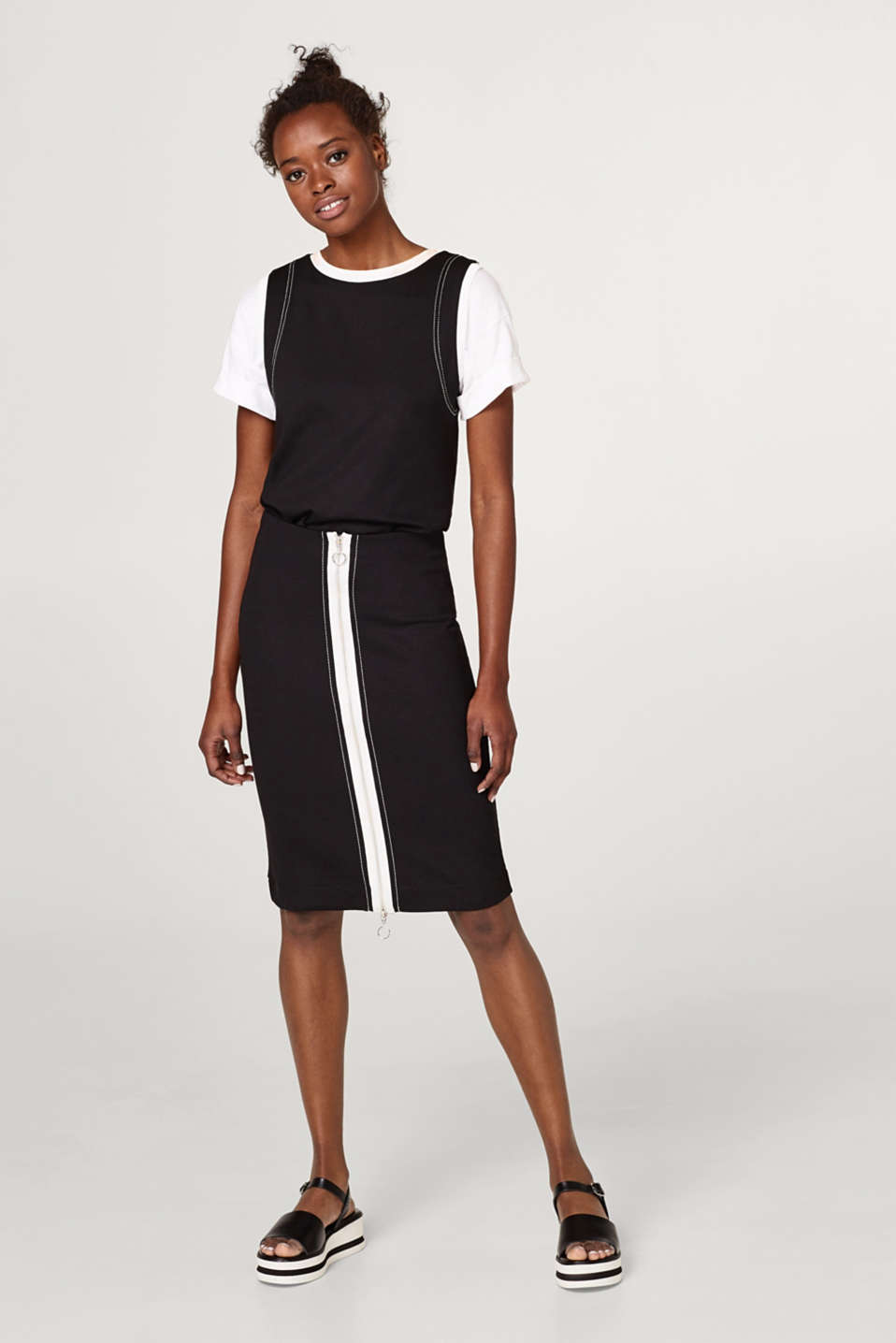 Stretch jersey pencil skirt with zip