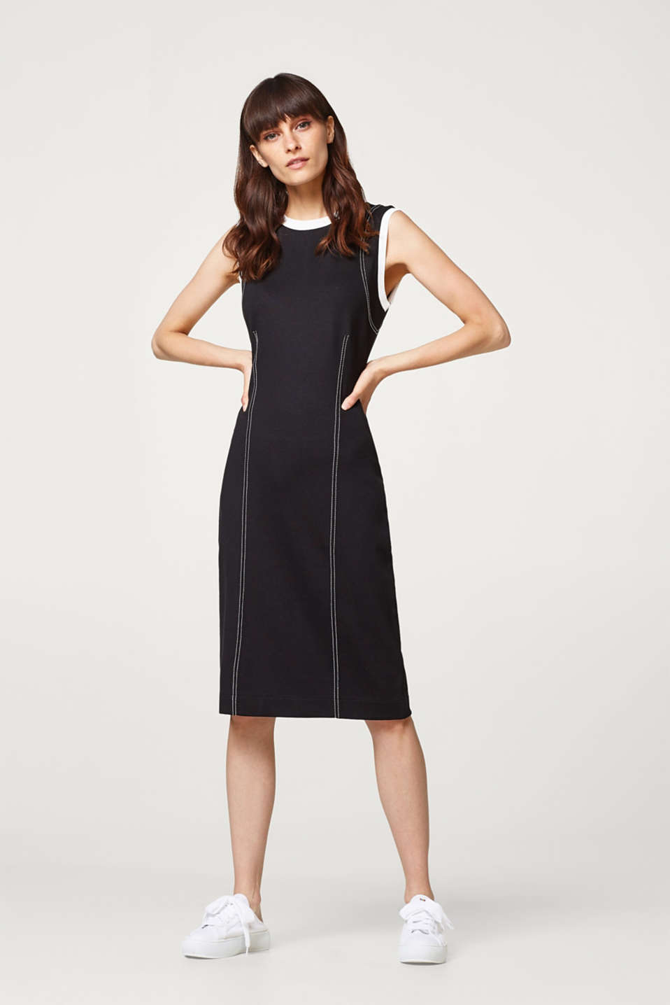 Shift dress in stretch jersey with contrast details