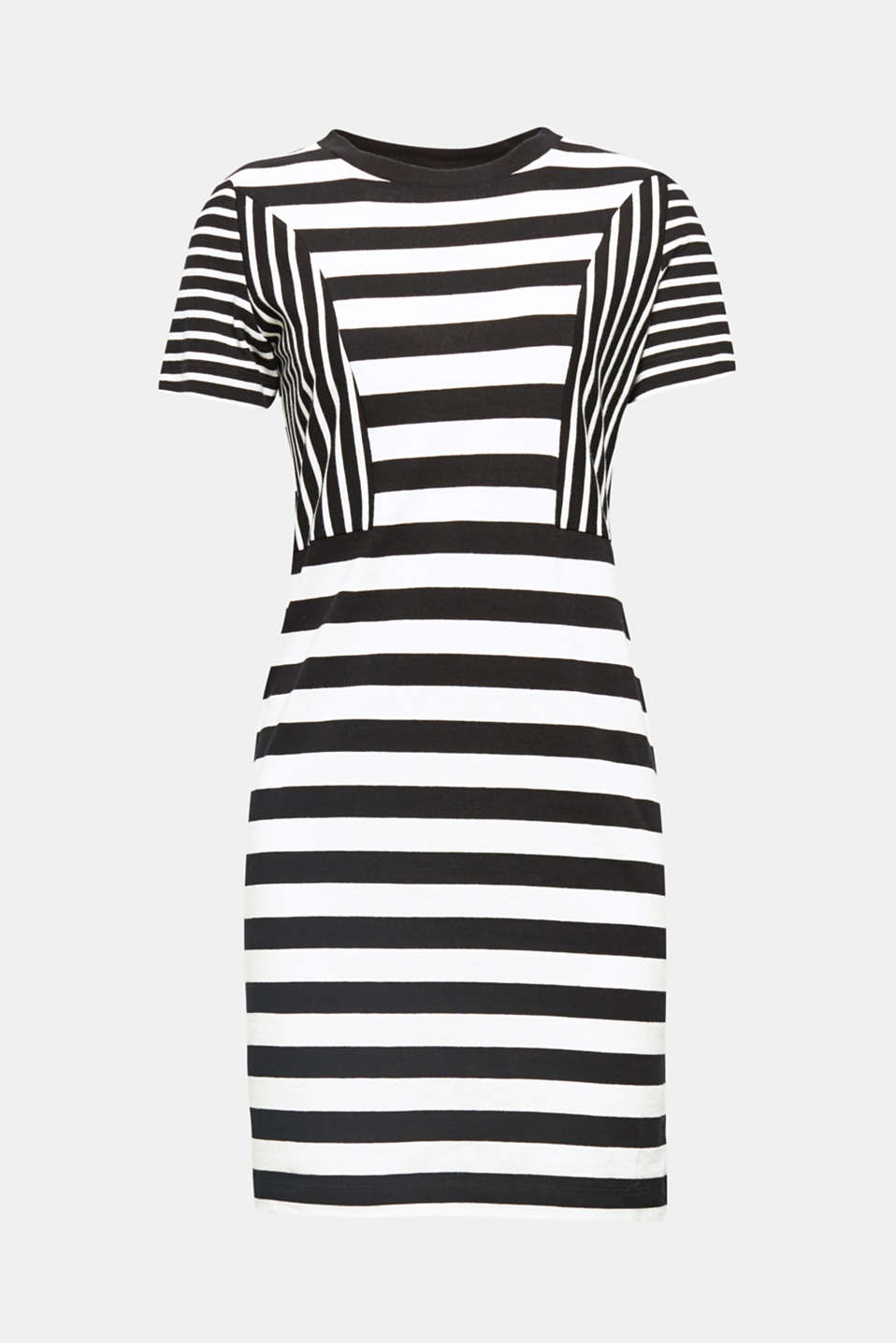 This fitted cotton knit dress with a varied striped pattern stands out thanks to its sophisticated look and high level of comfort.
