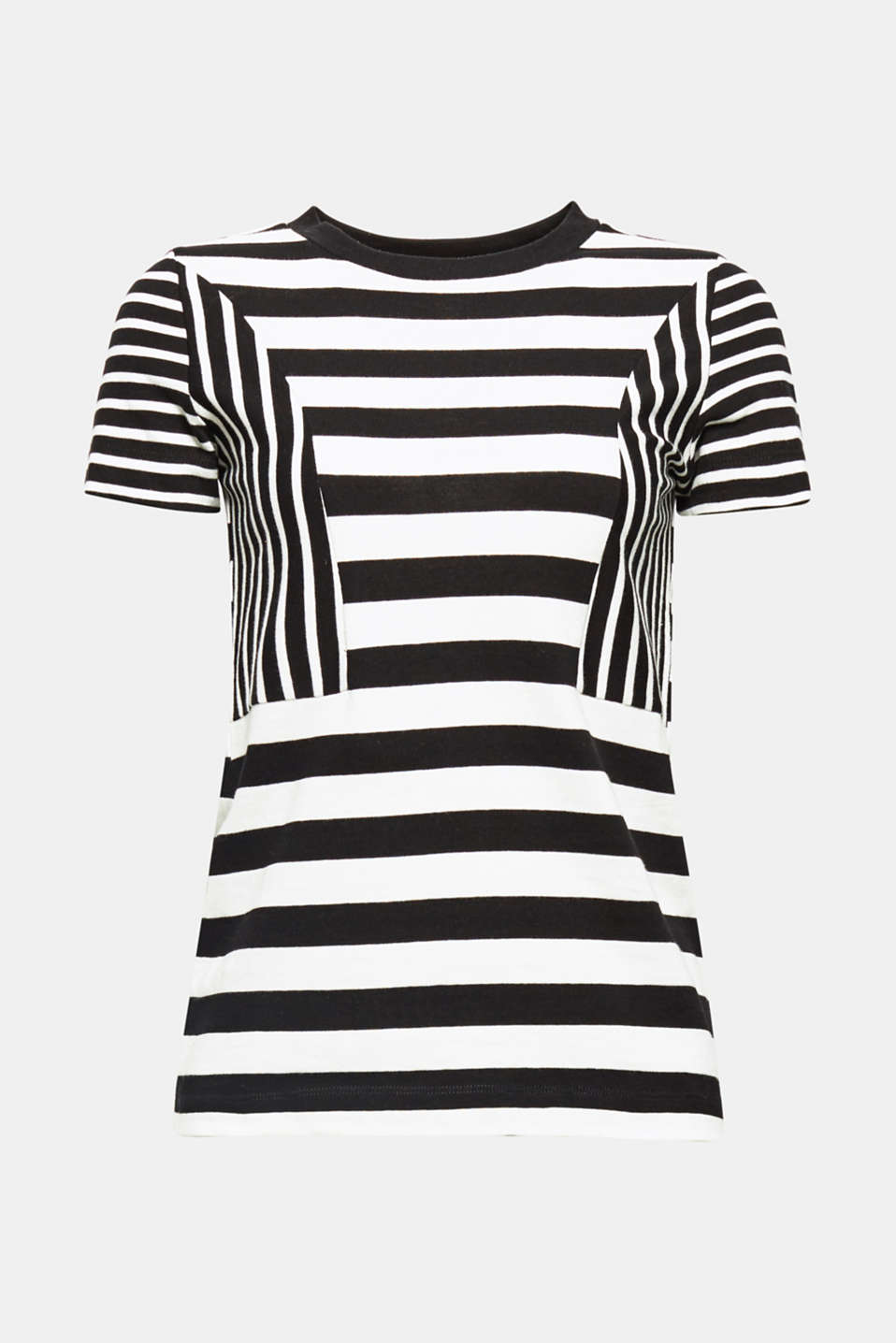 This cotton knit T-shirt with a varied striped pattern stands out thanks to its sophisticated look and high level of comfort.