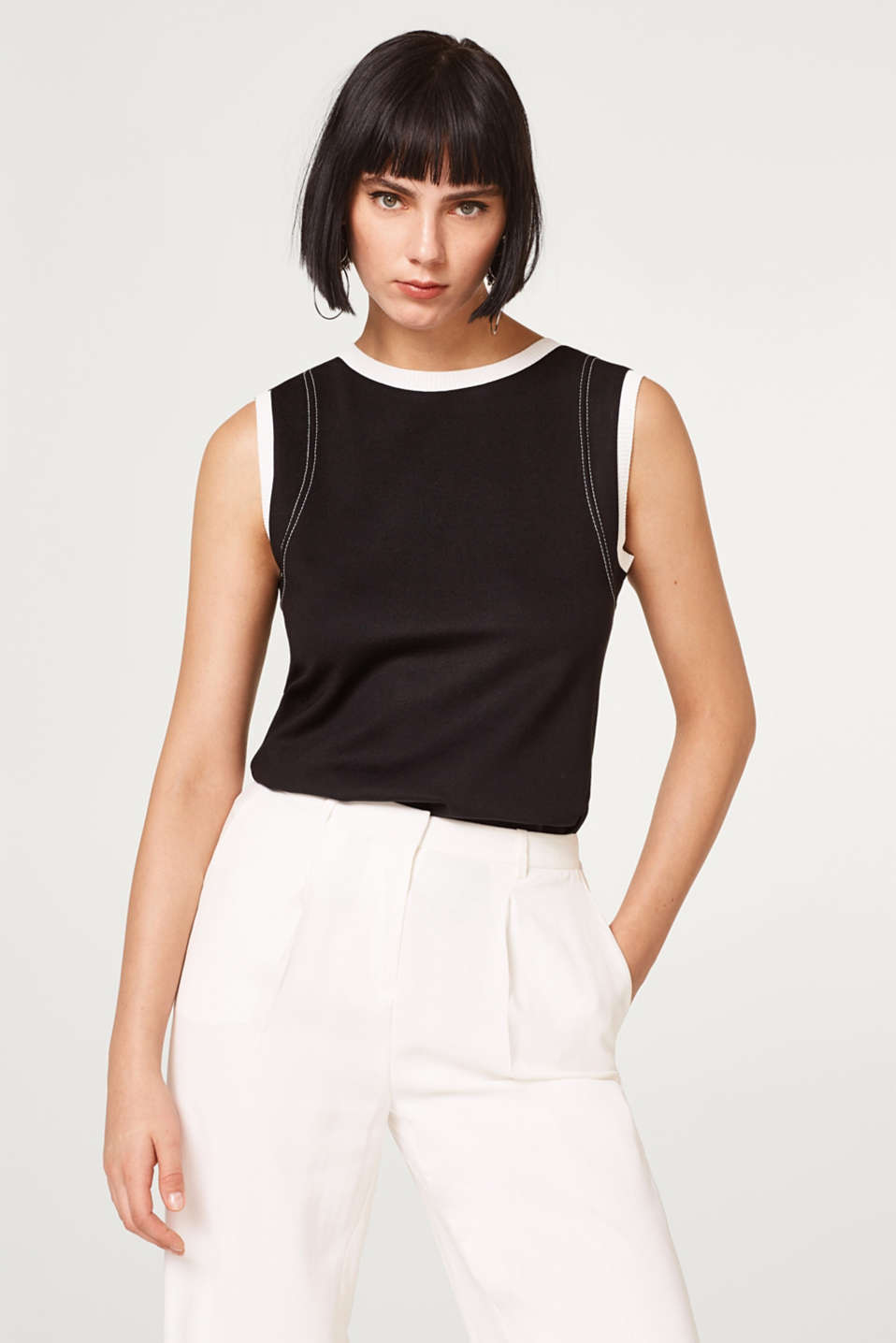 Esprit - Stretch jersey top with contrast details