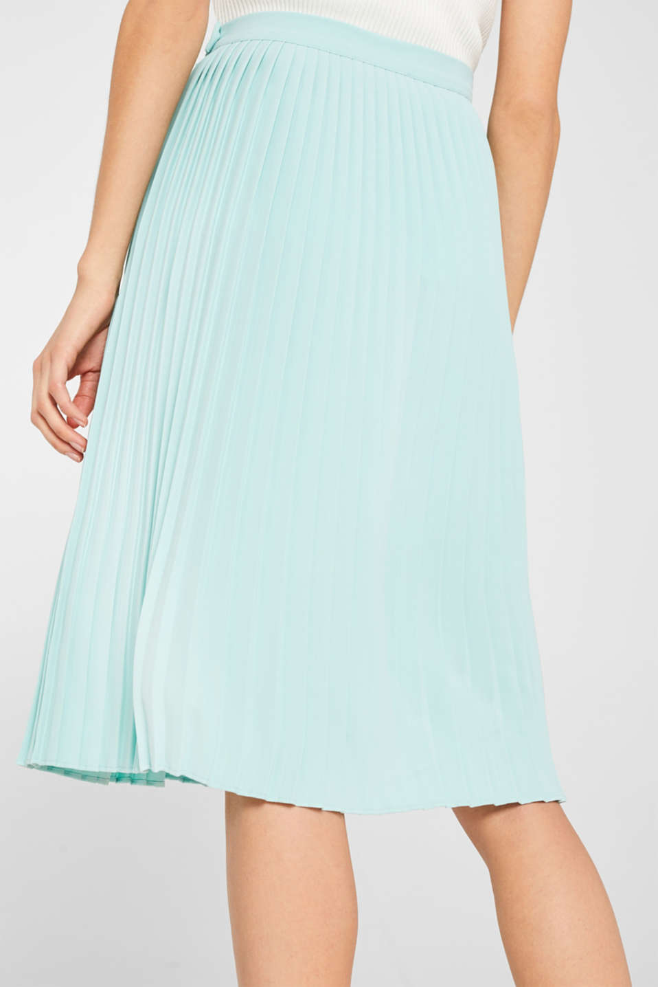 Pleated skirt in a midi length, LIGHT AQUA GREEN, detail image number 2