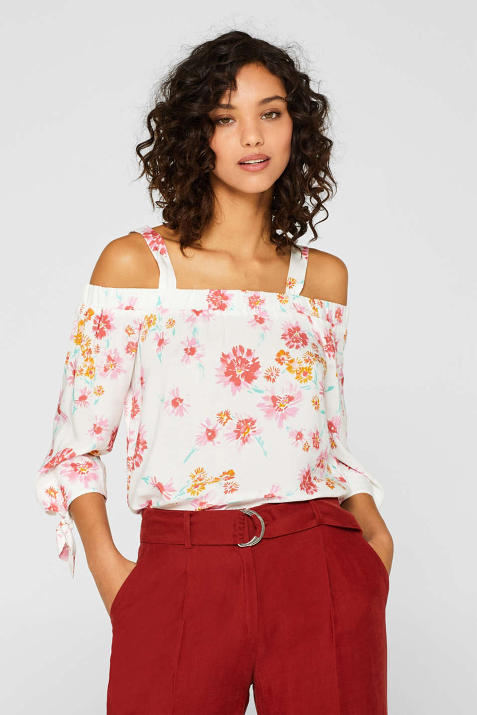 edc - Off-the-shoulder blouse with a floral print