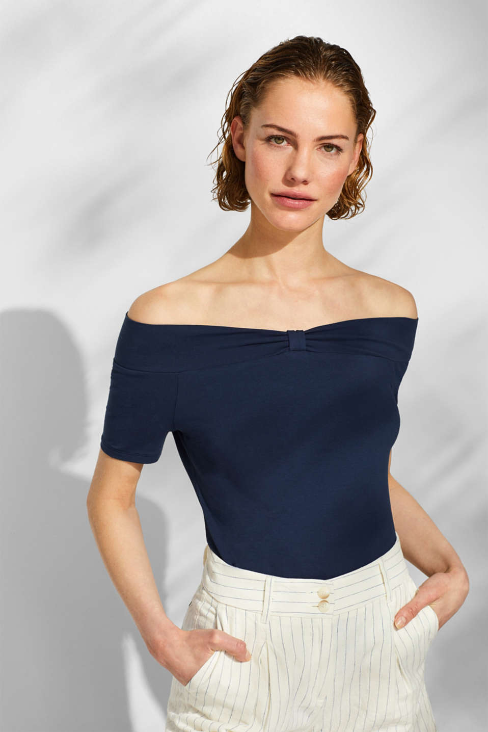 Stretch T-shirt with a Carmen neckline and bow detail, NAVY, detail image number 0