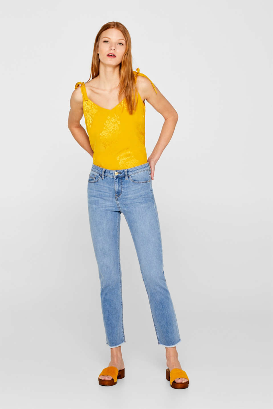 Esprit - Ankle-length stretch jeans with organic cotton