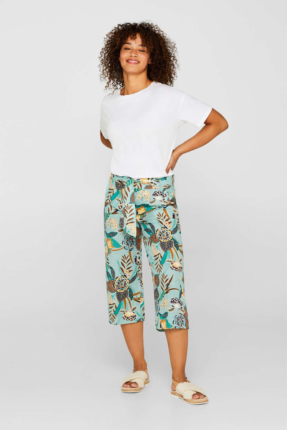 Linen blend: culottes with a floral print