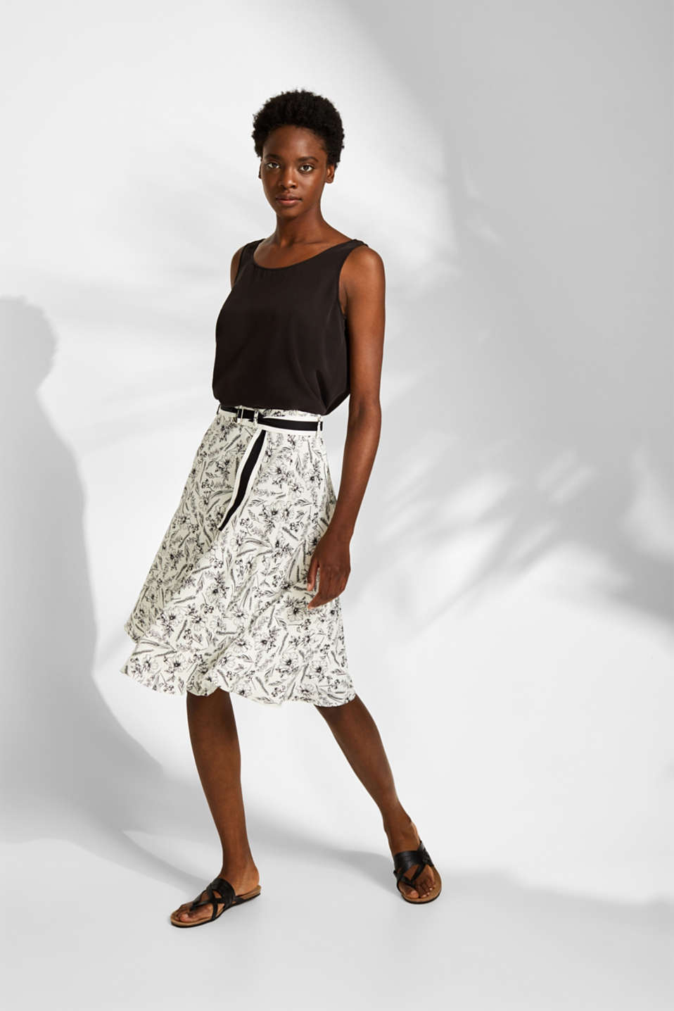 Esprit - Blended linen: printed skirt with a woven tape belt
