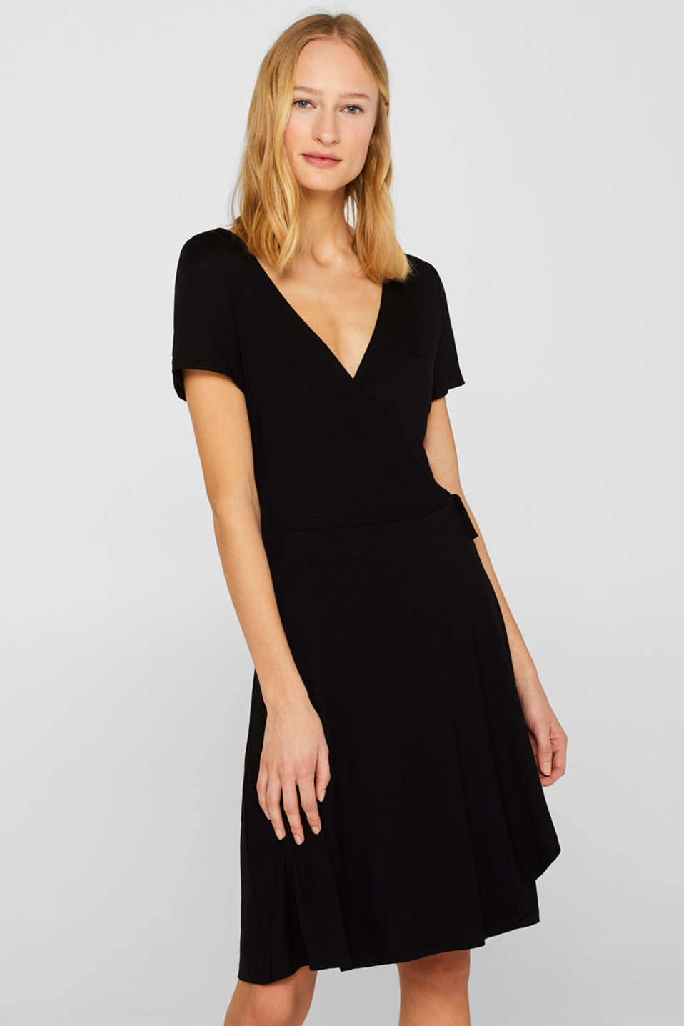 Esprit - Stretch jersey dress in a wrap-over design