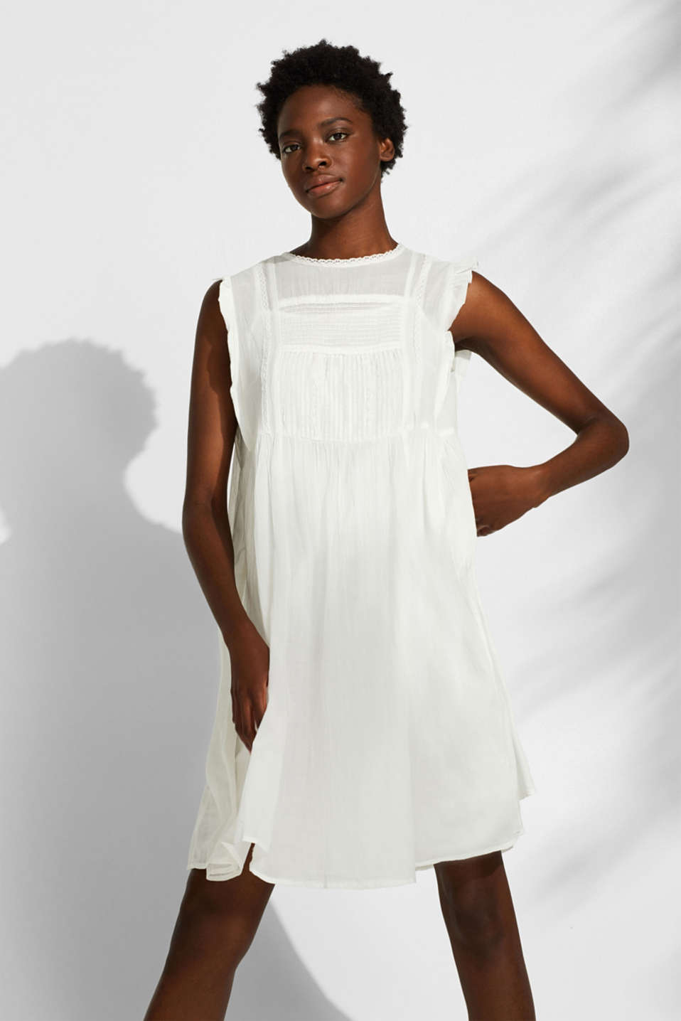 Esprit - Crinkled cotton dress with embroidery and pintucks