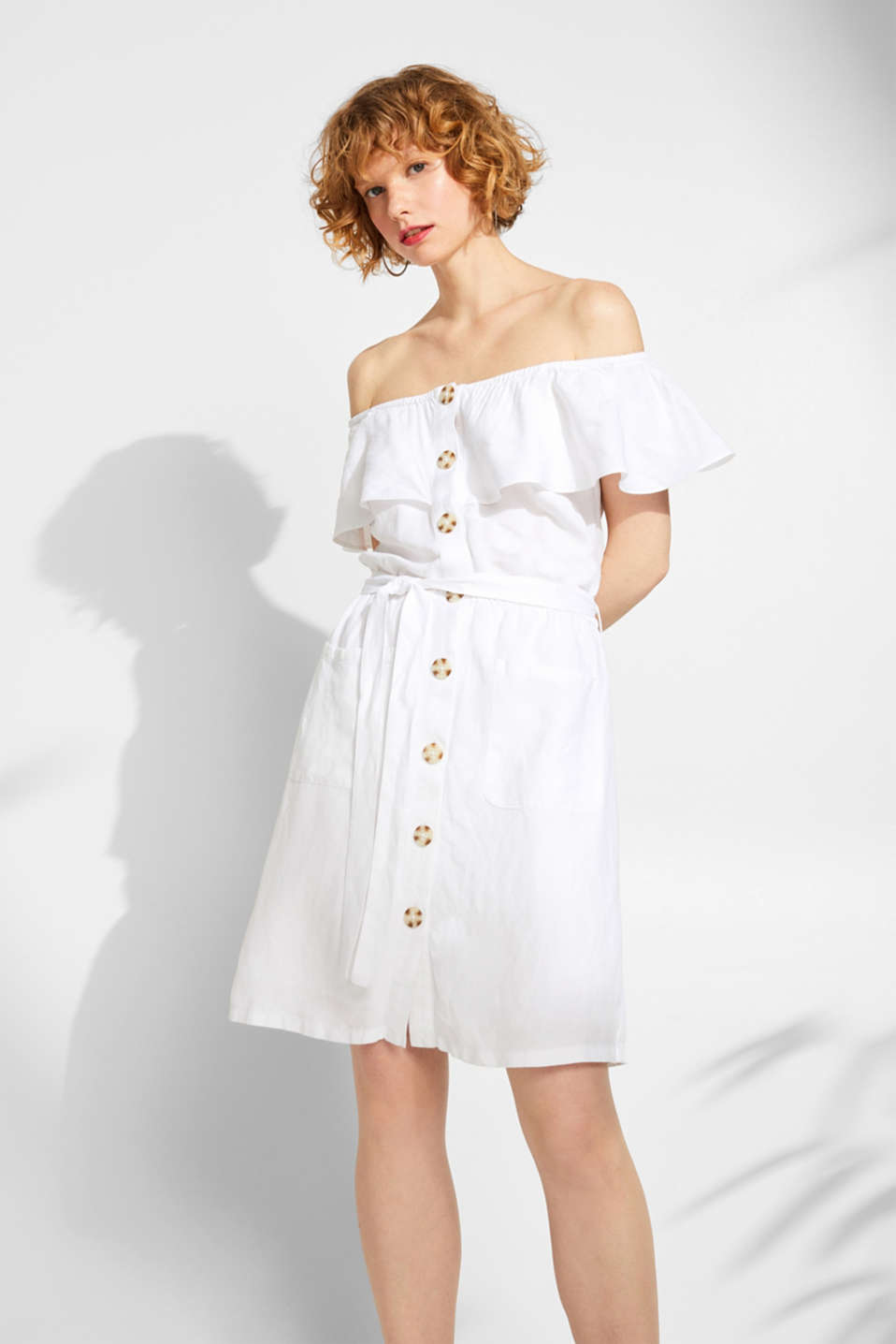 Esprit - Made of blended linen: off-the-shoulder dress with button placket