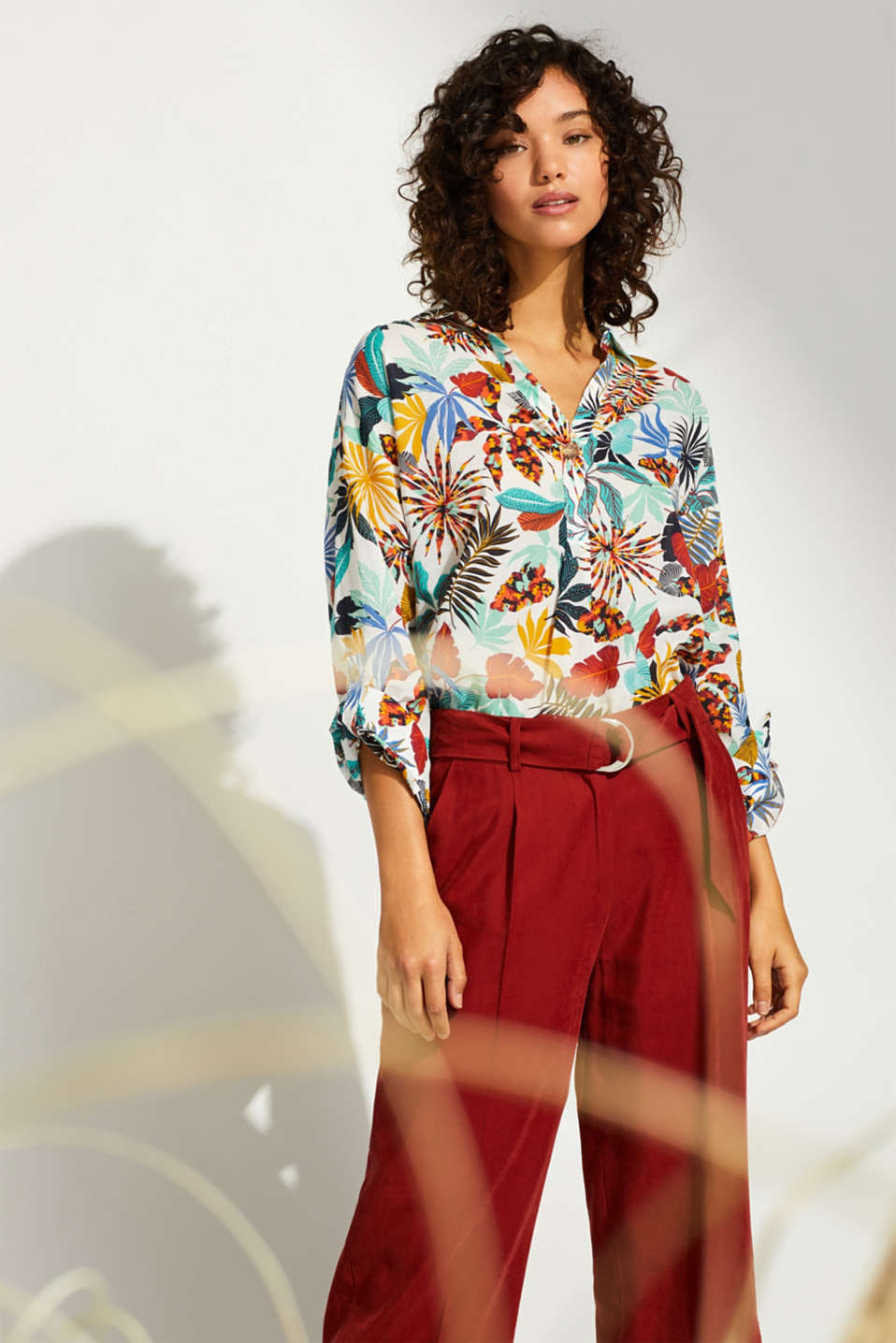 Esprit - Printed blouse with turn-up sleeves, 100% cotton