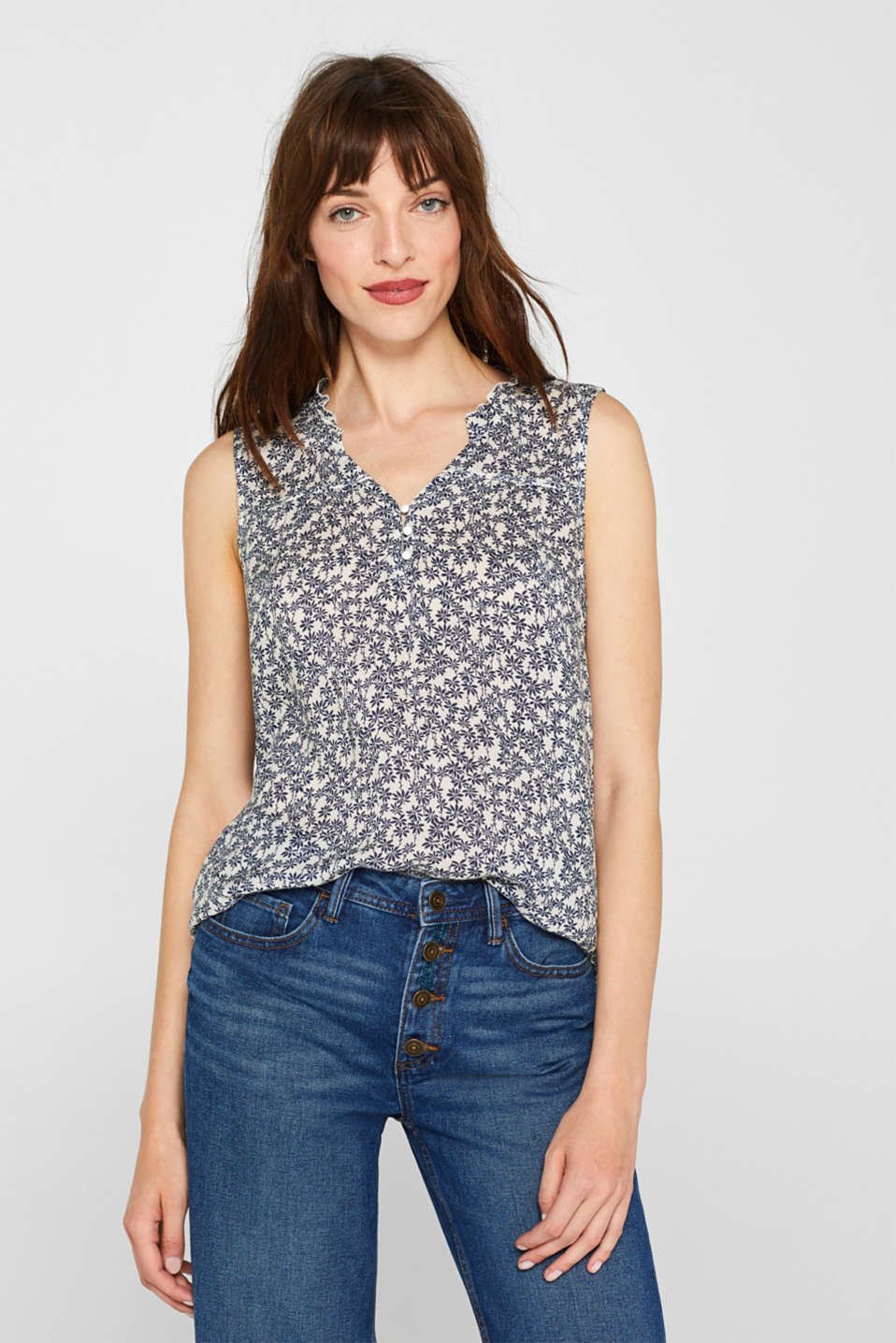 Blouse top with a print and ruffles