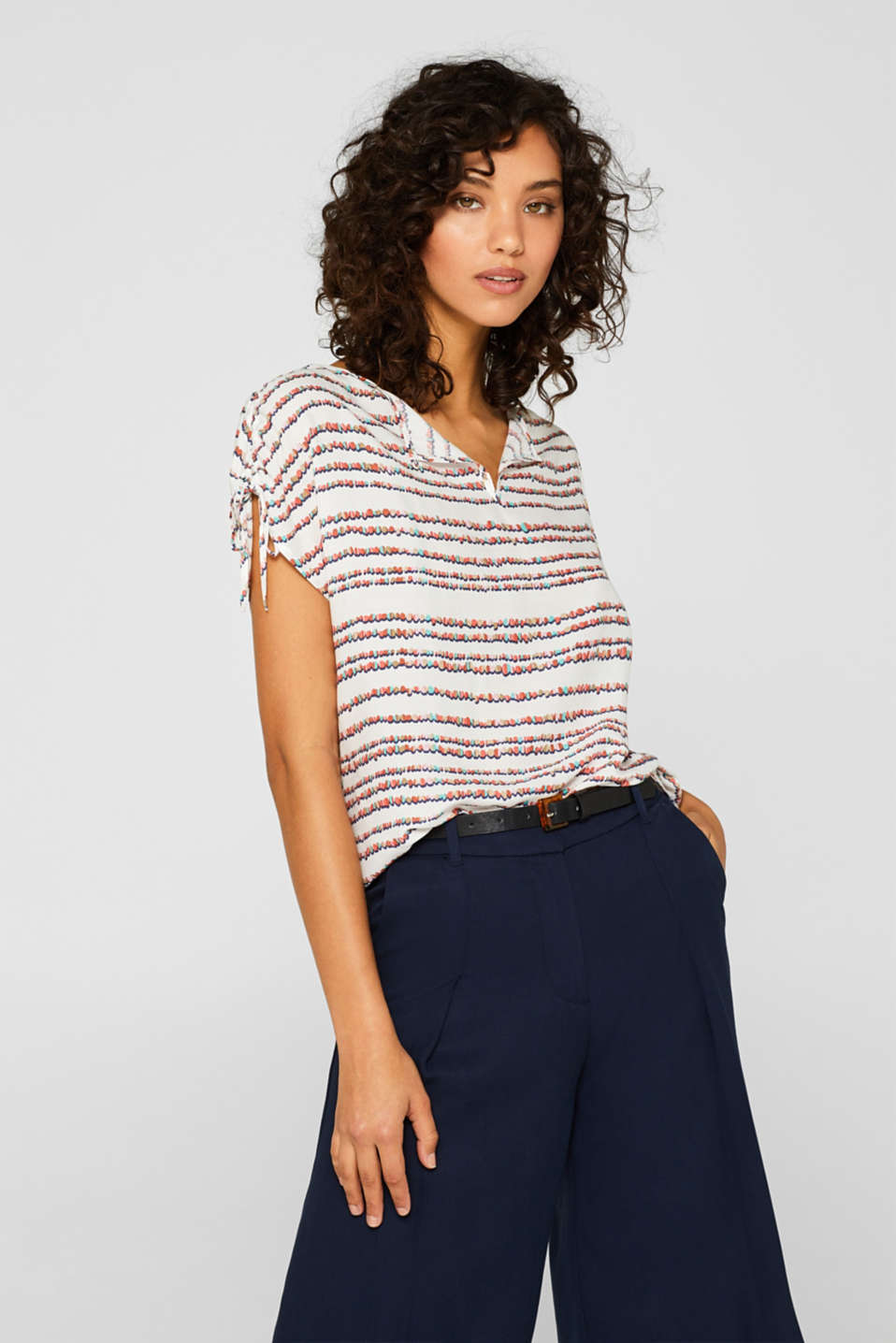 Esprit - Blouse top with a print and gathered shoulders