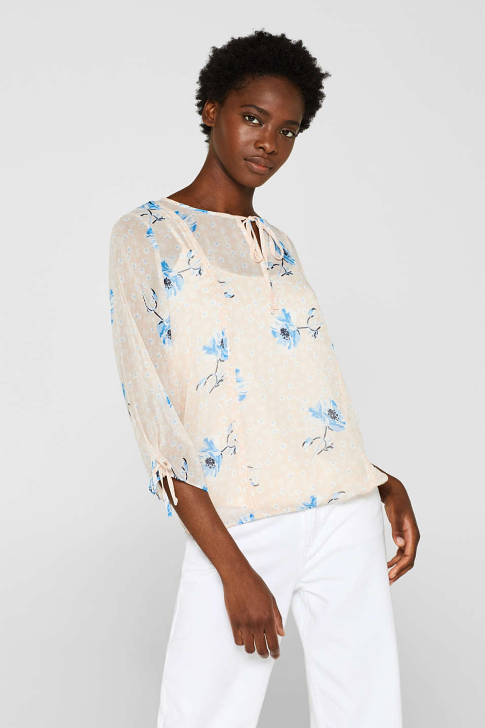Esprit - 2-in-1 chiffon blouse with floral print