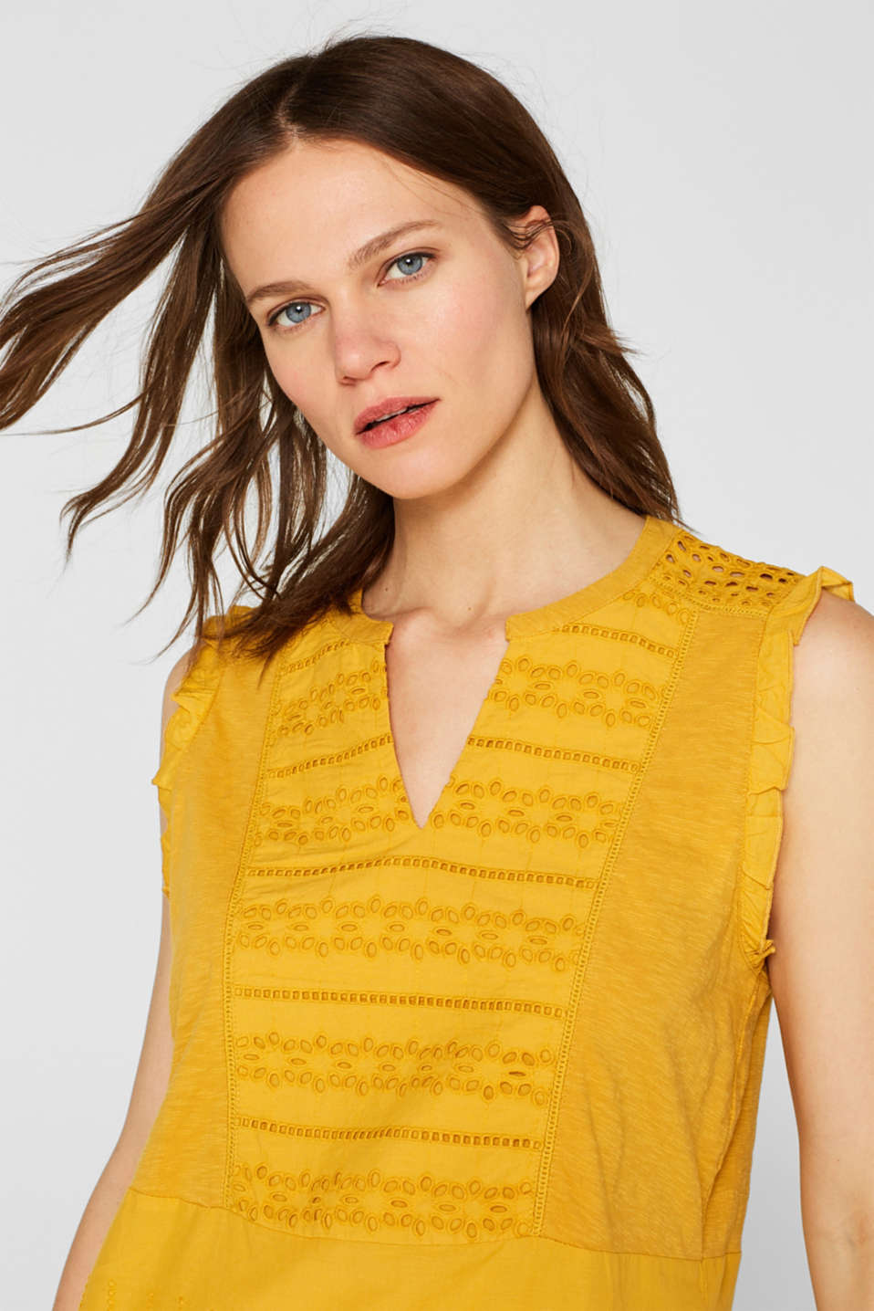Blouse top with broderie anglaise, 100% cotton, BRASS YELLOW, detail image number 5