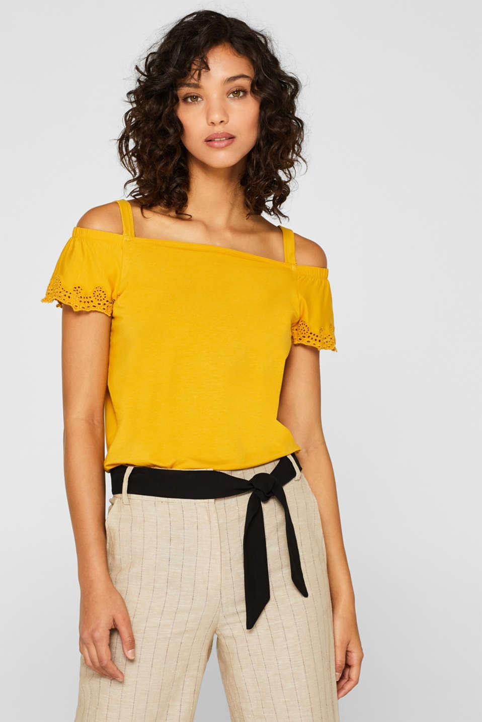 Esprit - Off-the-shoulder T-shirt with straps and lace