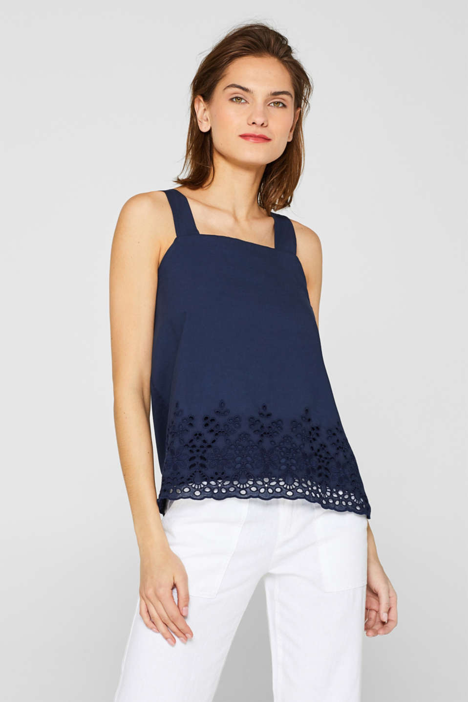 Esprit - Fabric mix top with broderie anglaise