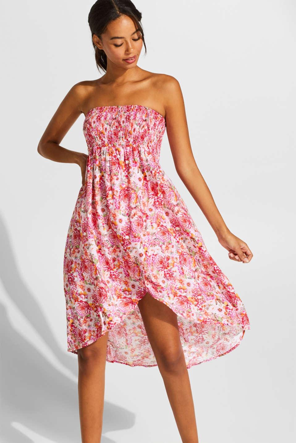 4989fff00e5a Esprit - Baraxlad smockad klänning med blommönster i Esprits Online-Shop