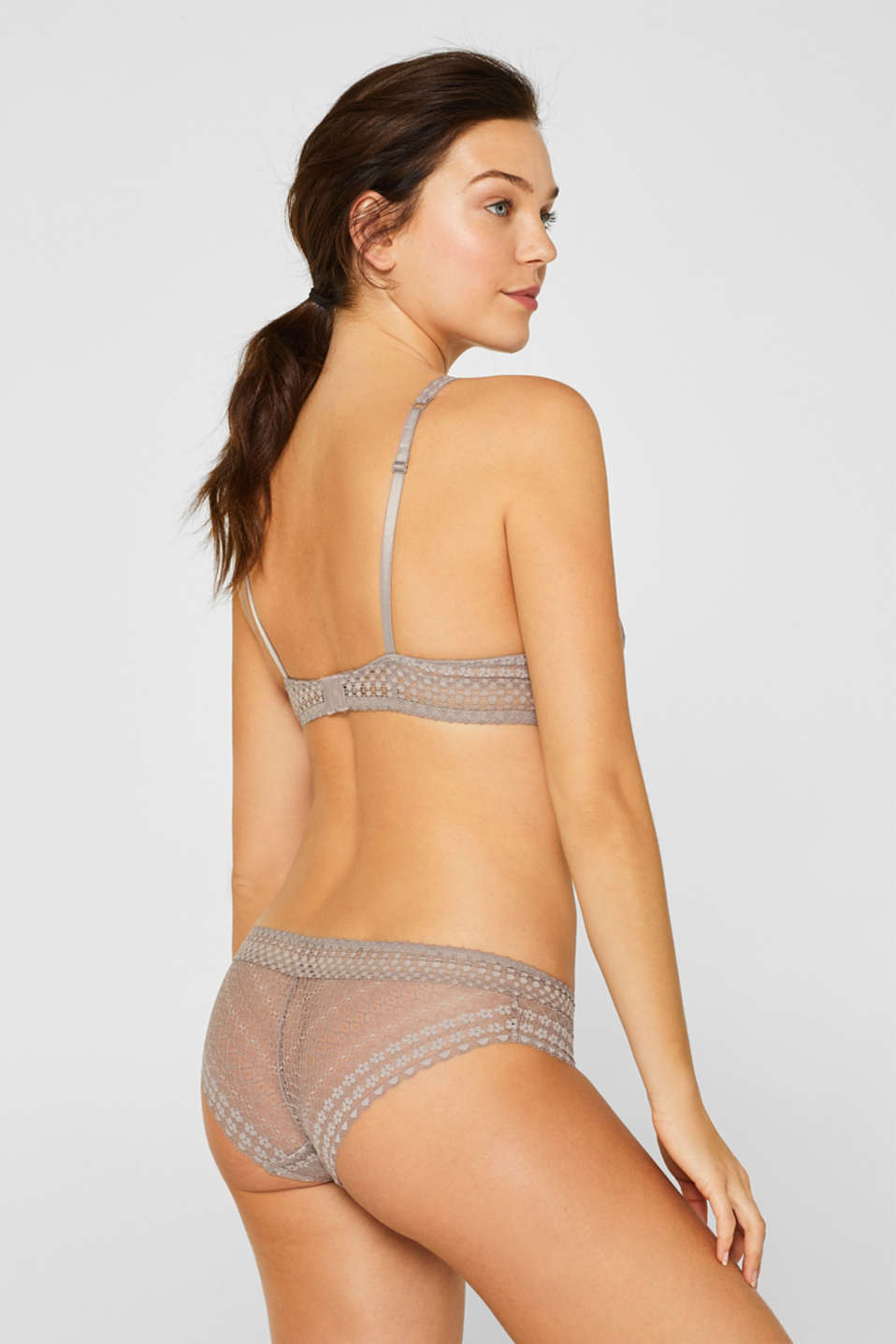 Unpadded underwire bra made of fine lace, TAUPE, detail image number 1