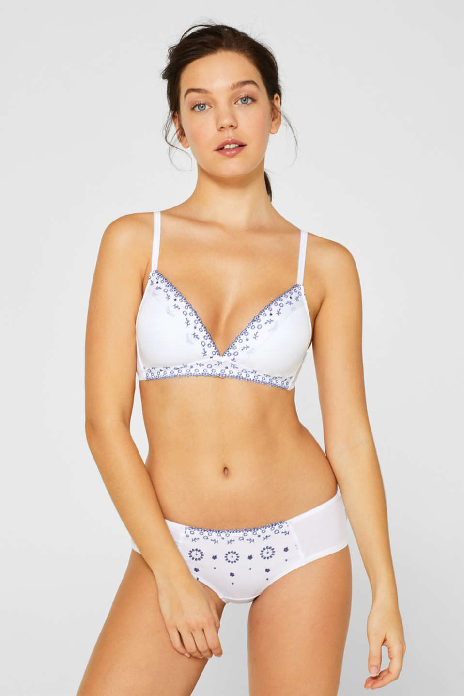 Esprit - Padded wireless bra with broderie anglaise