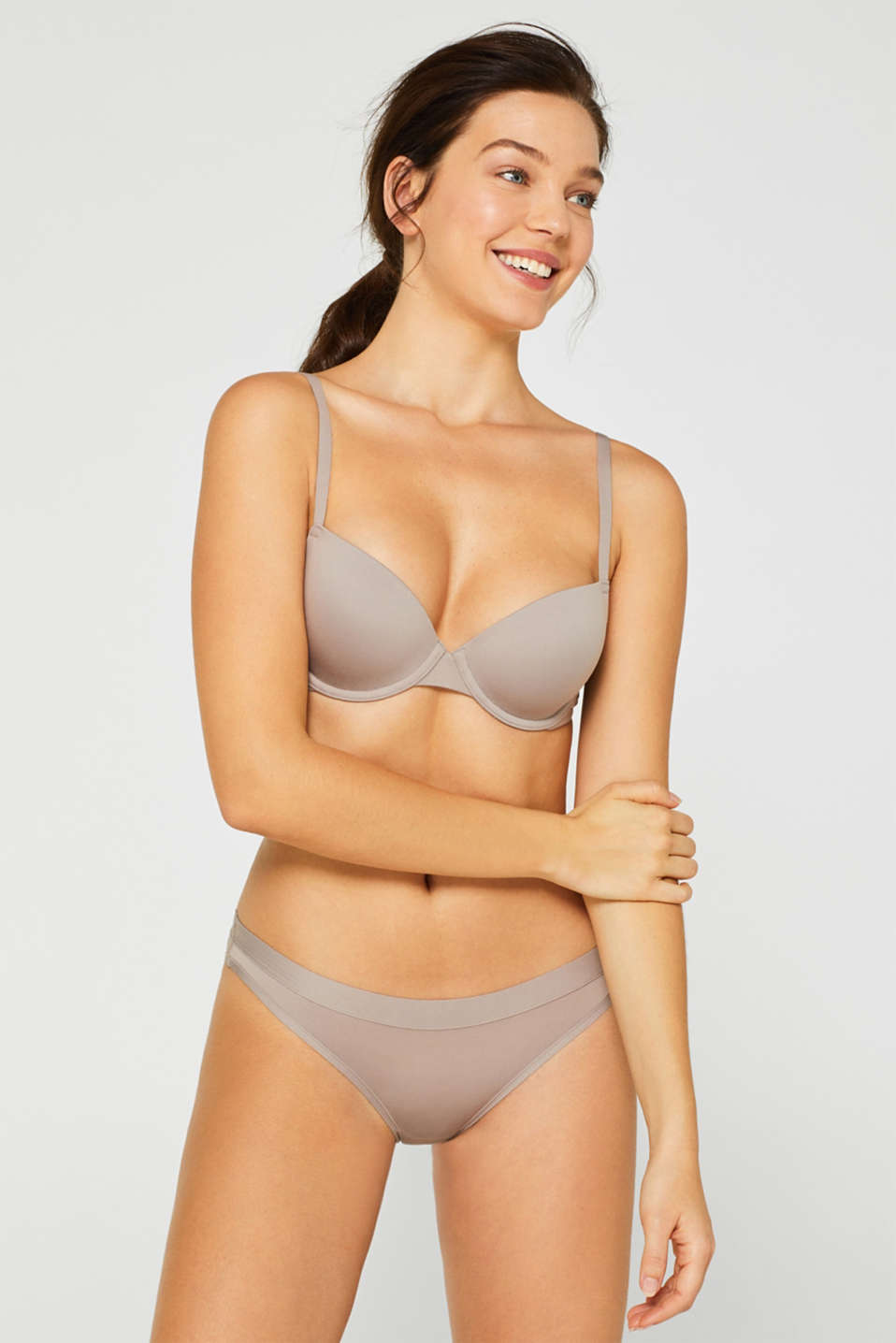 Esprit - AIR padded underwire bra in a basic design