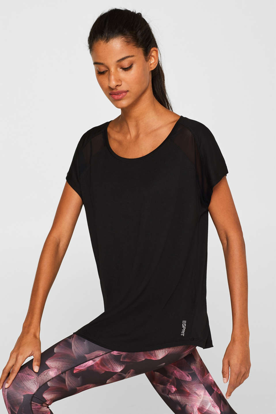 Esprit - Casual T-shirt with mesh trims